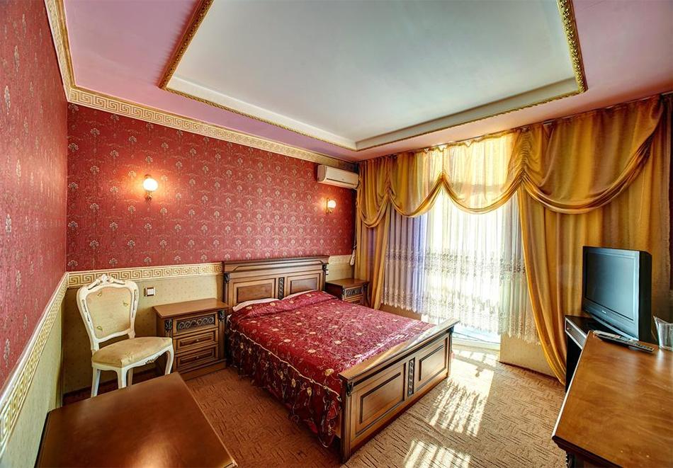 Нощувка със закуска на човек в хотелски комплекс Извора, гр. Русе, снимка 3