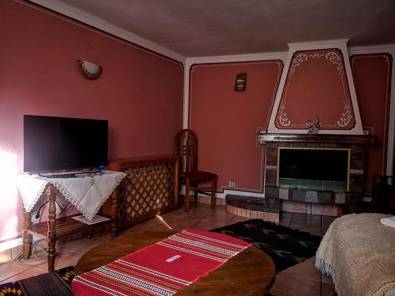 Нощувка на човек от стаи за гости Златният Телец, Копривщица, снимка 7