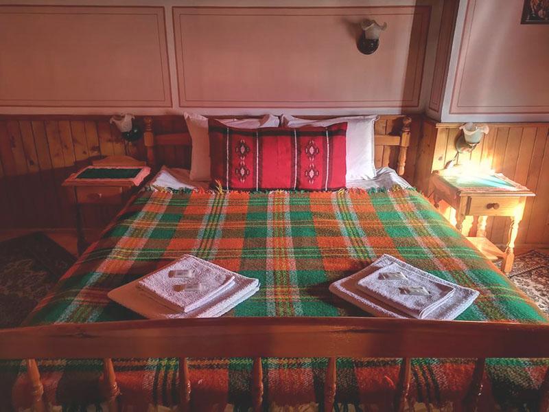 Нощувка на човек от стаи за гости Златният Телец, Копривщица, снимка 9