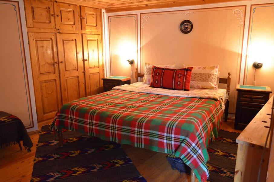 Нощувка на човек от стаи за гости Златният Телец, Копривщица, снимка 8