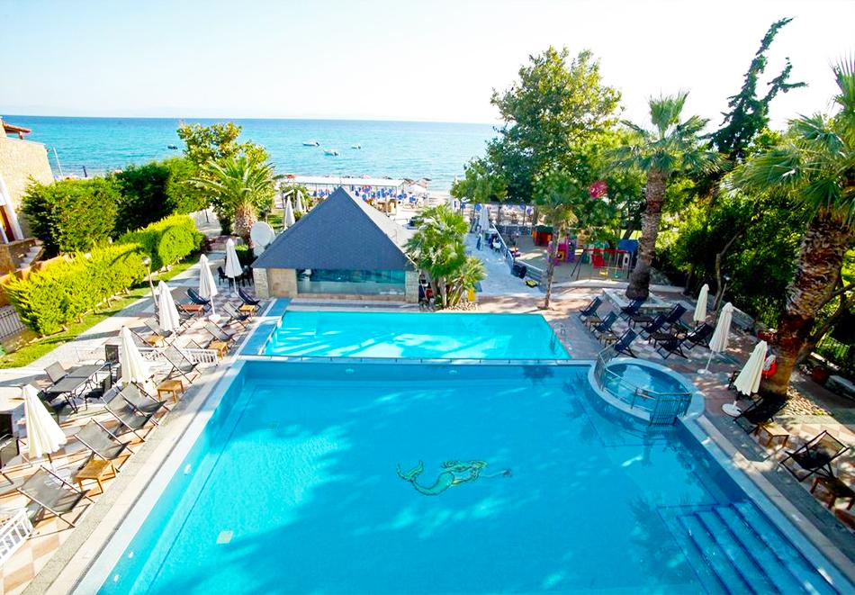 Хотел Naias, Ханиоти, Гърция