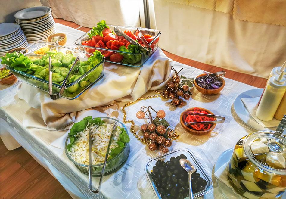 Великден в Банско! Нощувка на човек със закуска и вечеря + празничен обяд + басейн и релакс пакет в хотел Марая****, снимка 10