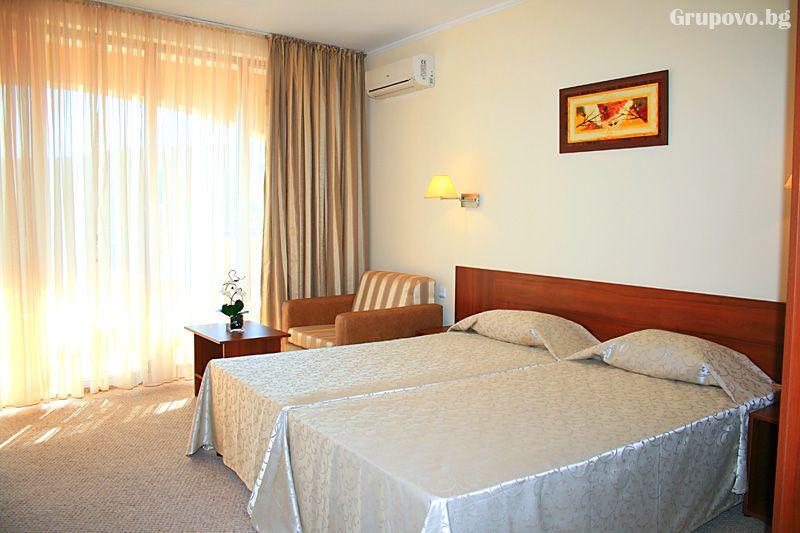 Хотел Континентал, Златни Пясъци, снимка 2