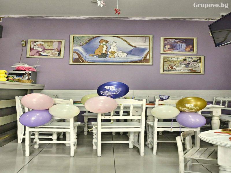 Детски клуб Аристокотките, снимка 3