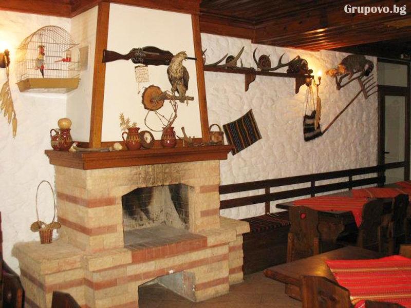 Юни до Приморско! 2 + нощувки на човек със закуски и вечери + басейн в Етнографски комплекс Чифлика, снимка 12
