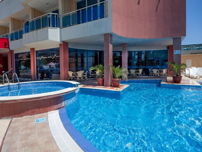 Уикенд в Слънчев Бряг! 2 нощувки на човек със закуски и вечери + басейн в хотел Есперанто, снимка 5
