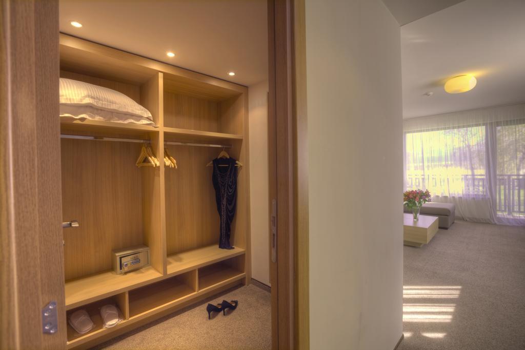 СПА офис в хотел Белчин Гардън****, Белчин Баня! 3 или 4 нощувки със закуски на човек + минерален басейн и СПА пакет, снимка 12
