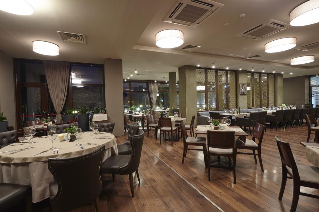 СПА офис в хотел Белчин Гардън****, Белчин Баня! 3 или 4 нощувки със закуски на човек + минерален басейн и СПА пакет, снимка 17