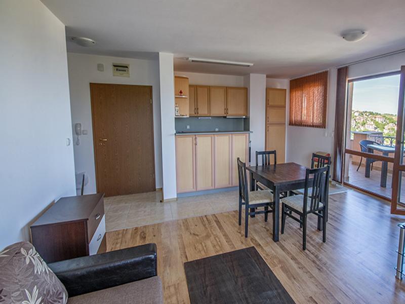 ТОП сезон в Бяла! 1 или 5 нощувки за до 6-ма човека от Апартаментен комплекс Бяла Хоум, снимка 4
