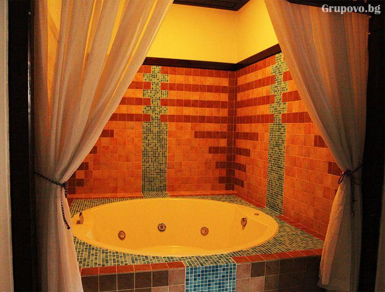 2, 3 или 5 нощувки със закуски за четирима в самостоятелна къща + басейн и СПА с минерална вода от хотел Исмена****, Девин, снимка 10