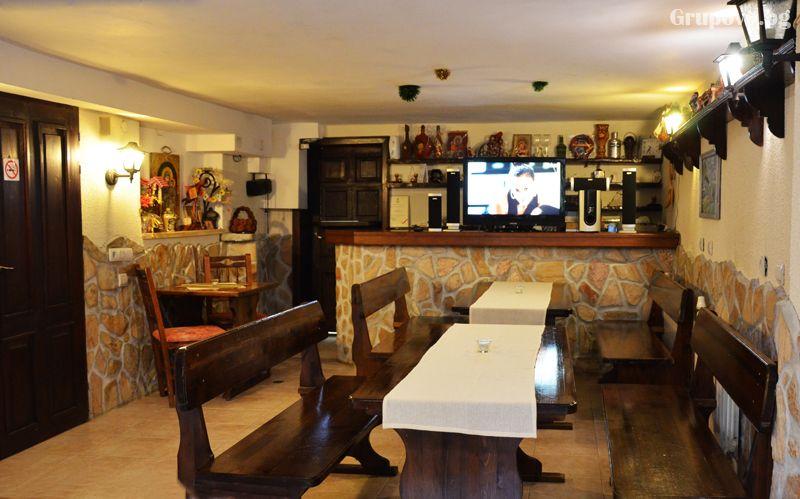 Нова Година в Рибарица! 3 нощувки на човек със закуски, обеди и вечери с напитки, едната Новогодишна от хотел Къщата***, снимка 10