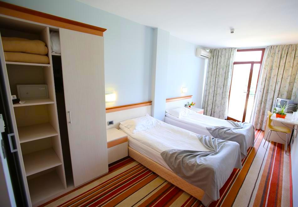 Нощувка на човек на база All inclusive + басейн в хотел Корал****, Св. Св. Константин и Елена. Дете до 14 - БЕЗПЛАТНО, снимка 11
