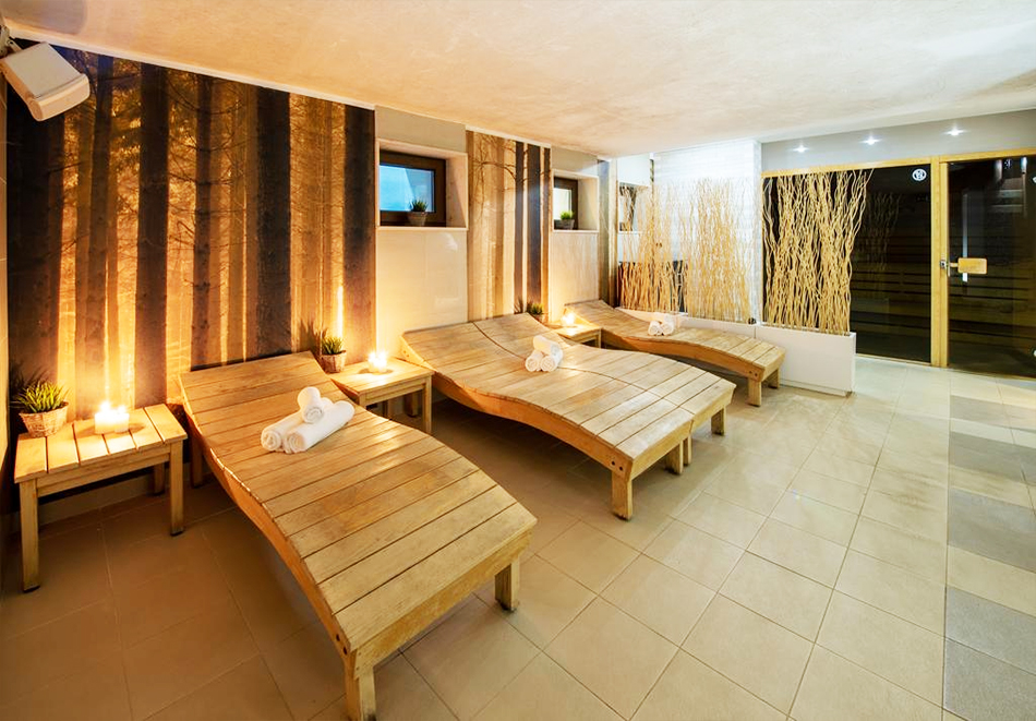 Делник във Велинград! Нощувка на човек със закуска + 2 минерални басейна и СПА пакет в хотел Велина****, снимка 10