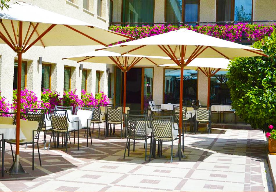 Март във Велинград! Нощувка на човек със закуска + 2 минерални басейна и СПА пакет в хотел Велина****, снимка 24