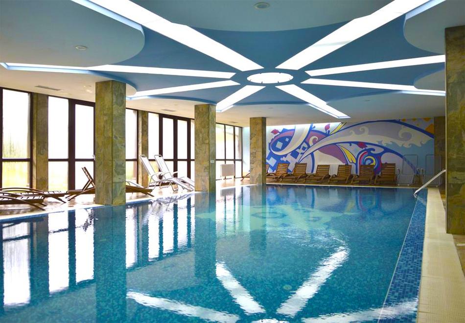 Нова година в Банско! 3 нощувки на човек със закуски и вечери, едната празнична + басейн и релакс пакет в хотел Уинслоу Инфинити, снимка 18