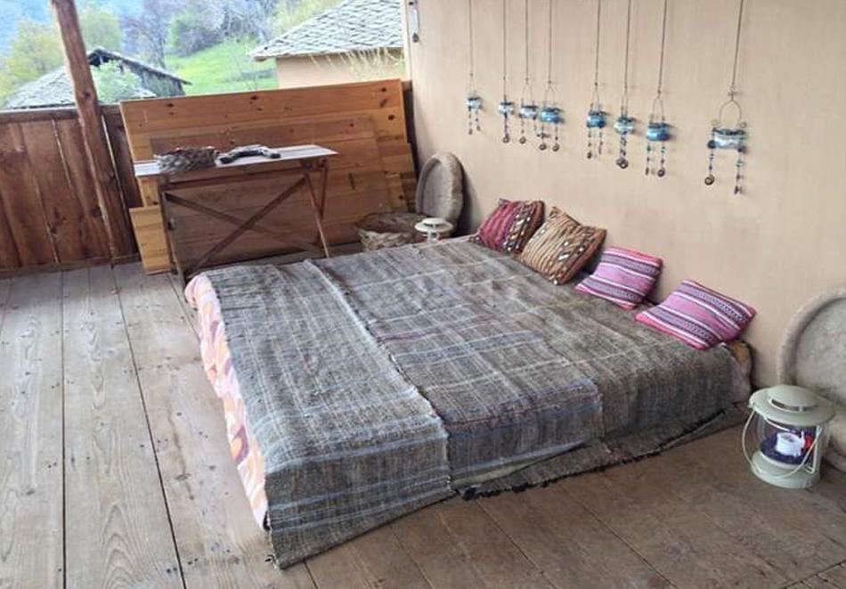 Нощувка за ДВАМА в къща за гости  Дими, Лещен, снимка 7