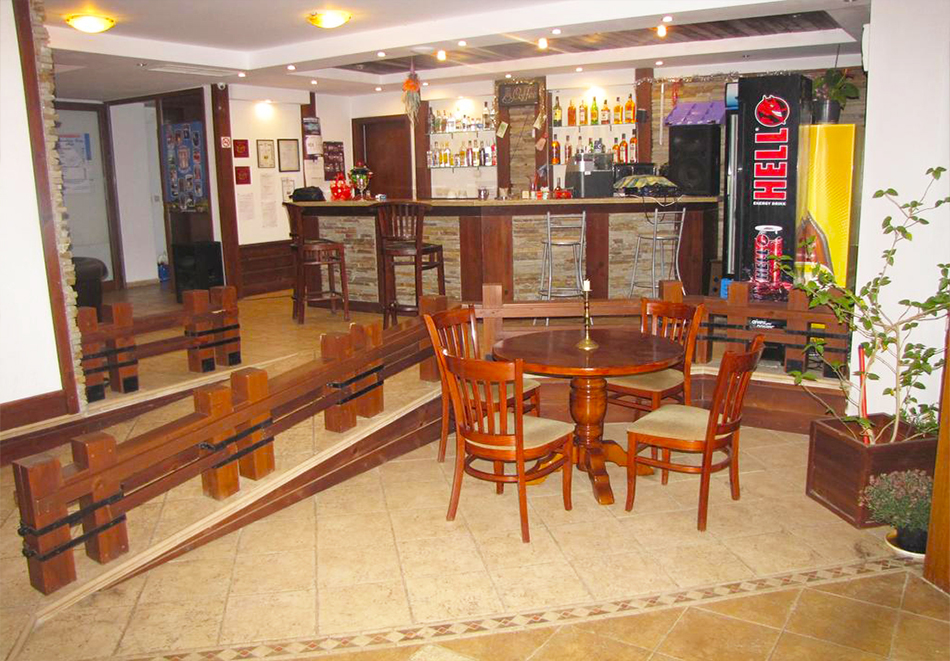 Нощувка или нощувка със закуска на човек + джакузи и сауна на цени от 17.90 лв. в Еделвайс Инн***, Банско, снимка 6
