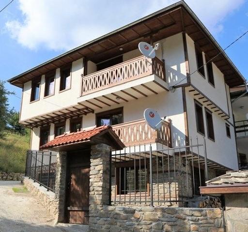 Къща за гости Начовата къща, с. Стойките