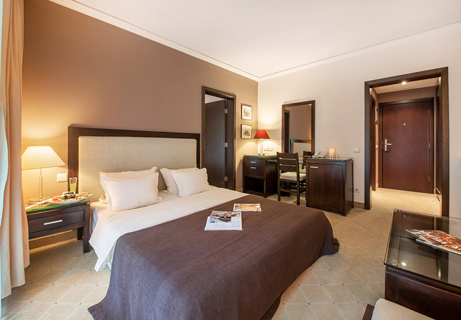 Март във Велинград! Нощувка на човек със закуска + 2 минерални басейна и СПА пакет в хотел Велина****, снимка 12