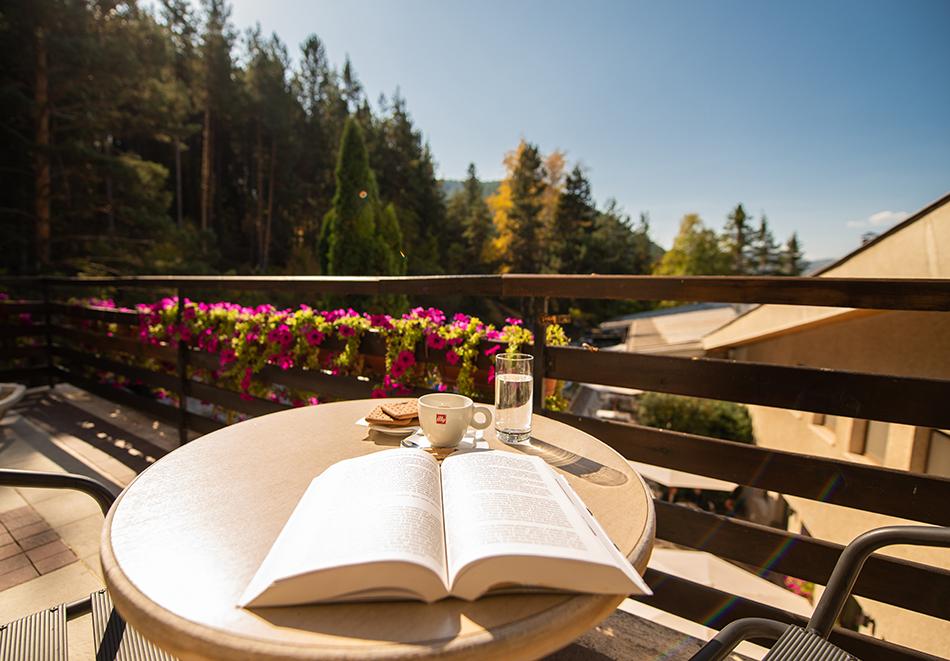 Делник във Велинград! Нощувка на човек със закуска + 2 минерални басейна и СПА пакет в хотел Велина****, снимка 18