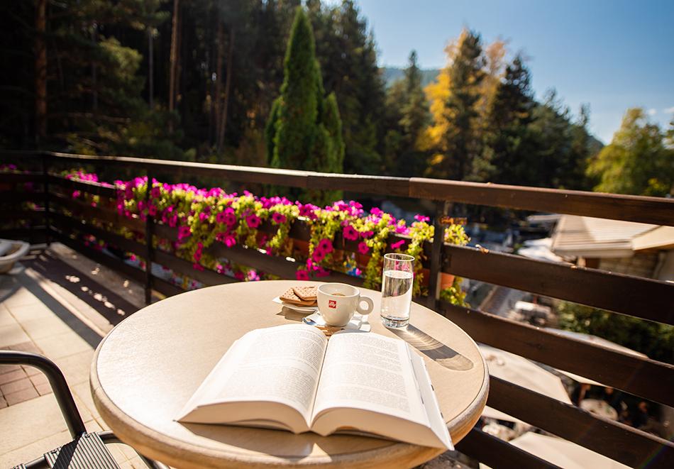 Март във Велинград! Нощувка на човек със закуска + 2 минерални басейна и СПА пакет в хотел Велина****, снимка 28