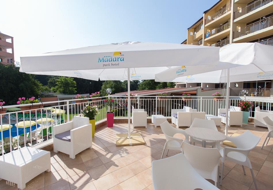 Нощувка на човек със закуска + басейн в хотел Мадара****, Златни пясъци . Дете до 12г. - безплатно, снимка 7