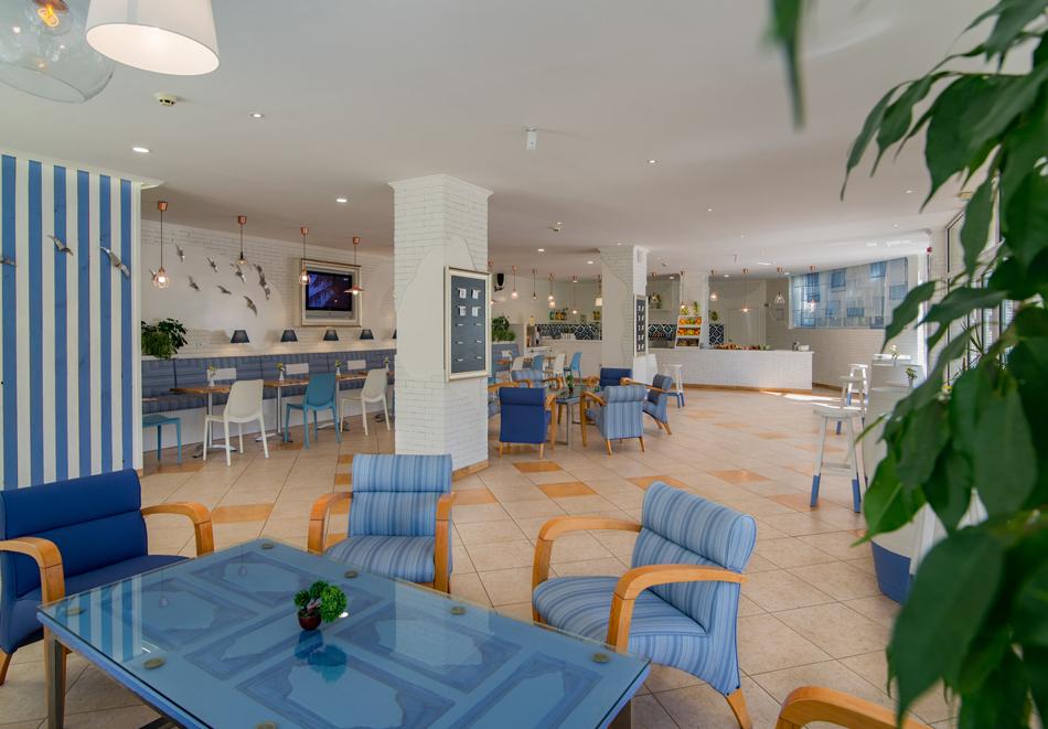 Нощувка на човек със закуска + басейн в хотел Мадара****, Златни пясъци . Дете до 12г. - безплатно, снимка 15