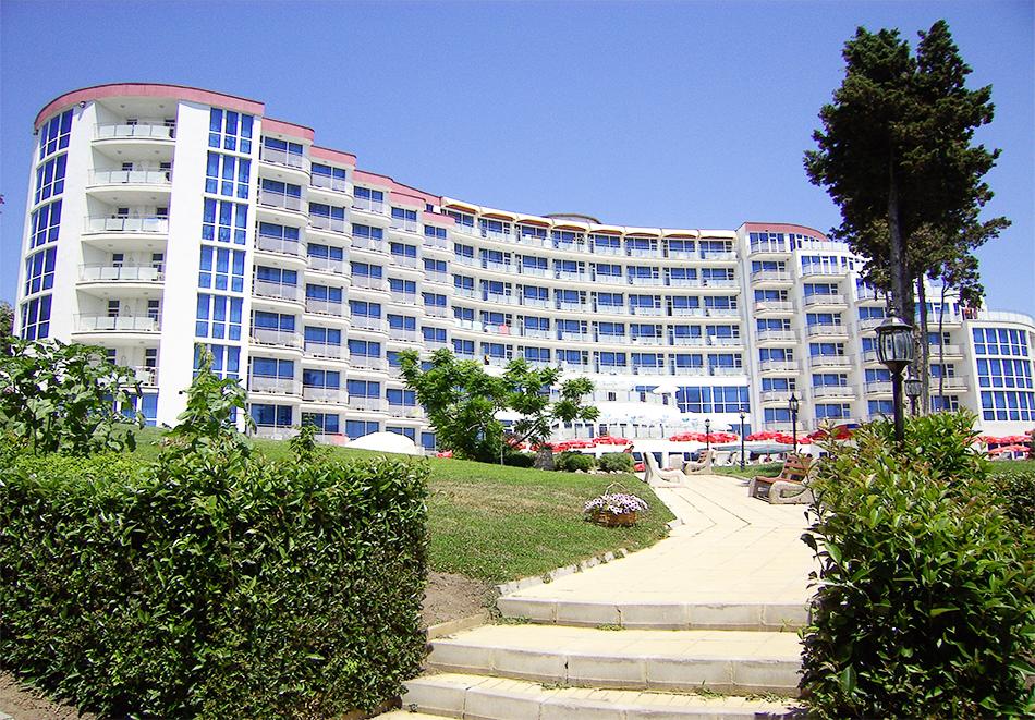 Хотел Аква Азур, Св. Св. Константин и Елена