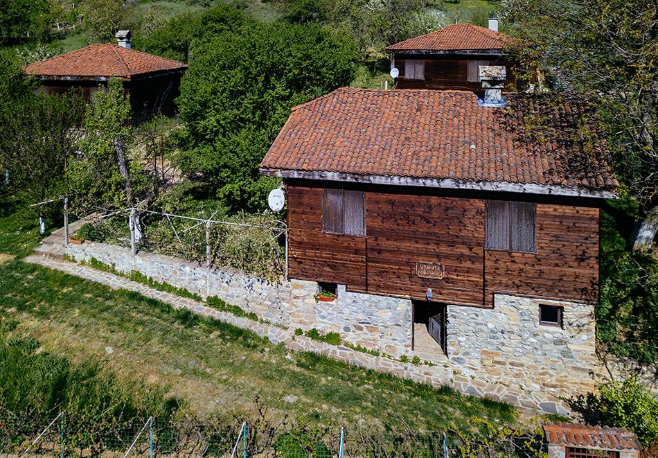 Къща за гости Старата Ковачница, село Згурово, до Кюстендил, снимка 2