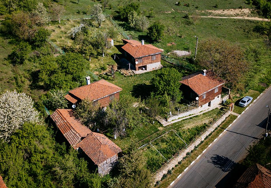 Почивка до Кюстендил! Нощувка до 7 човека в напълно оборудвана и обзаведена къща от Старата ковачница, с. Згурово, снимка 12