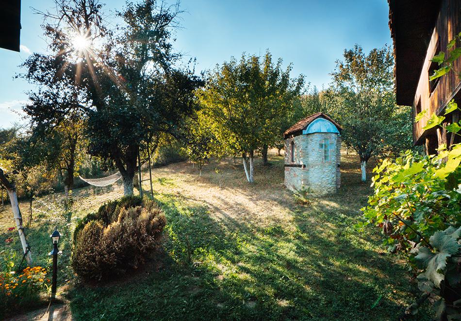 Къща за гости Старата Ковачница, село Згурово, до Кюстендил, снимка 8