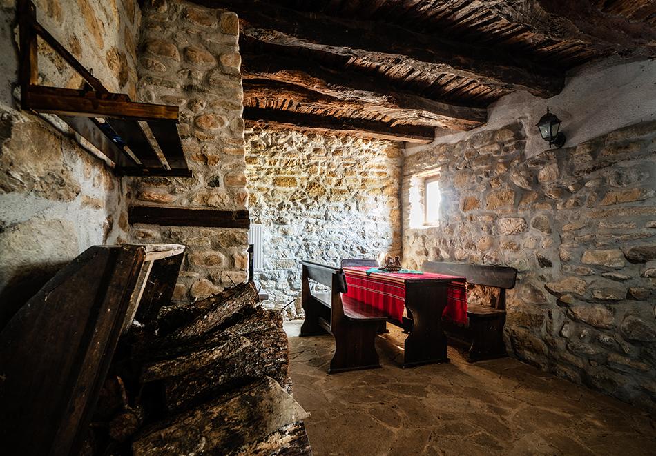 Почивка до Кюстендил! Нощувка до 7 човека в напълно оборудвана и обзаведена къща от Старата ковачница, с. Згурово, снимка 18