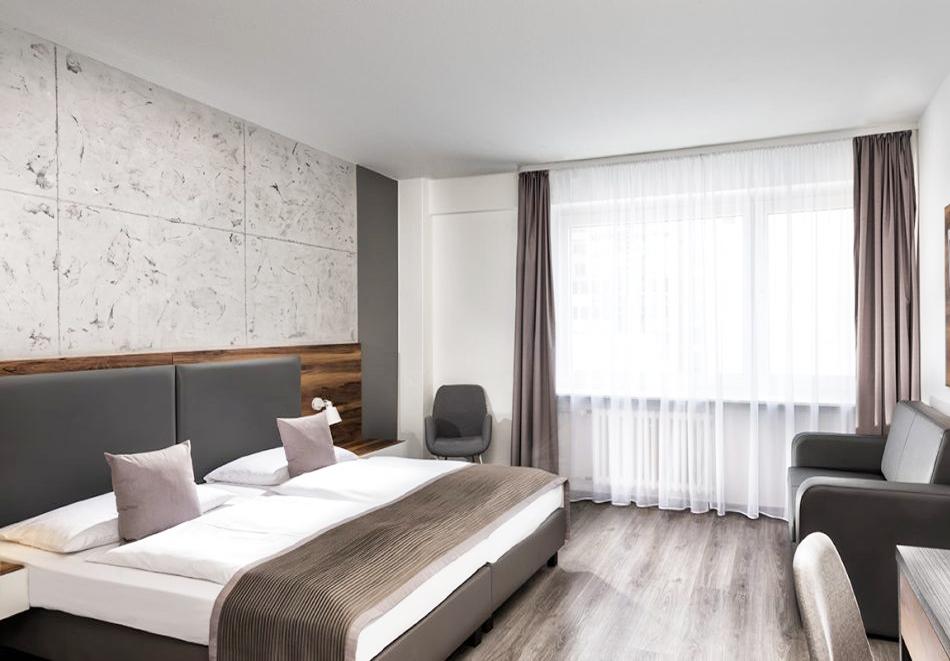 5 нощувки на човек + басейн в хотел Сий Стар, Приморско, снимка 6