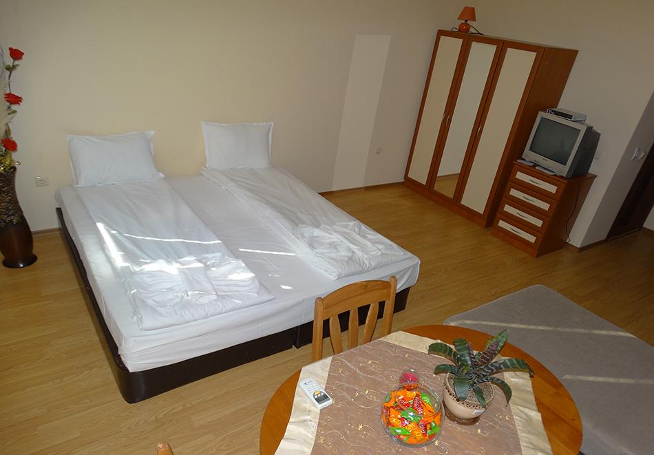 Апартаментен комплекс Шато Дел Марина, между Равда и Несебър, снимка 34