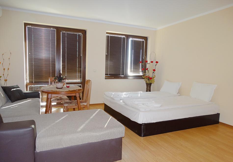 Апартаментен комплекс Шато Дел Марина, между Равда и Несебър, снимка 21