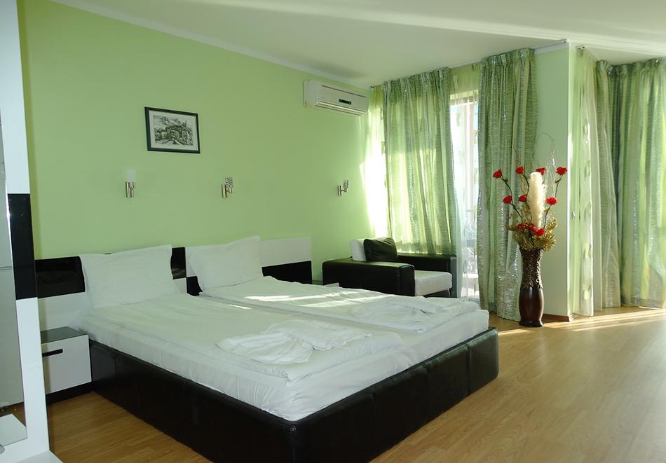 Апартаментен комплекс Шато Дел Марина, между Равда и Несебър, снимка 23