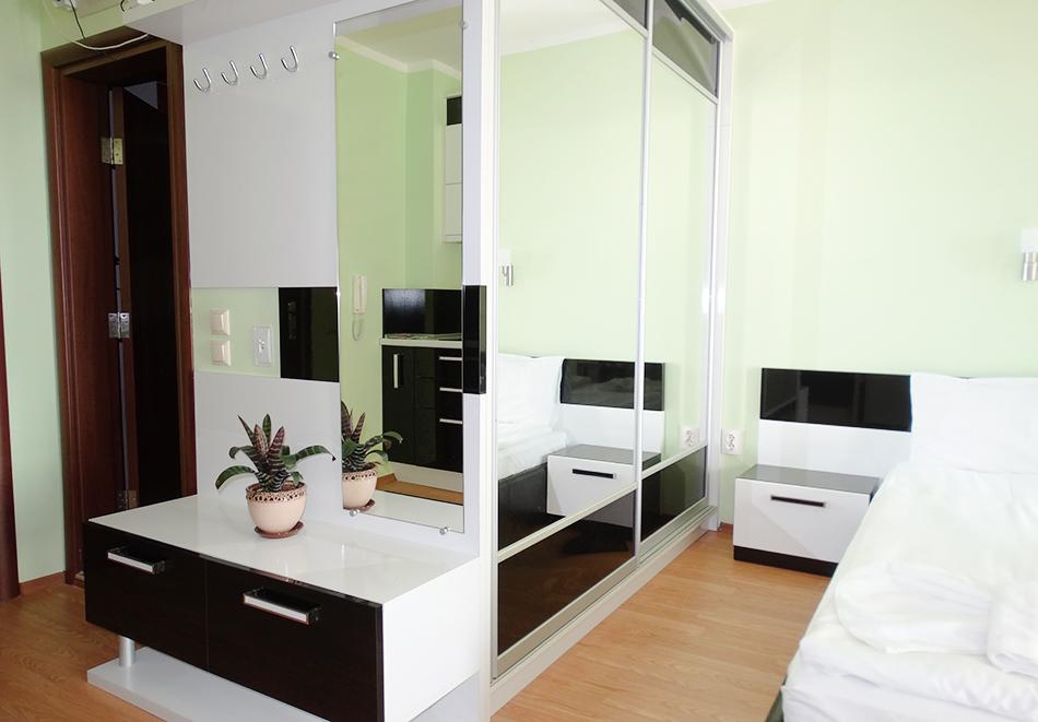 Апартаментен комплекс Шато Дел Марина, между Равда и Несебър, снимка 24