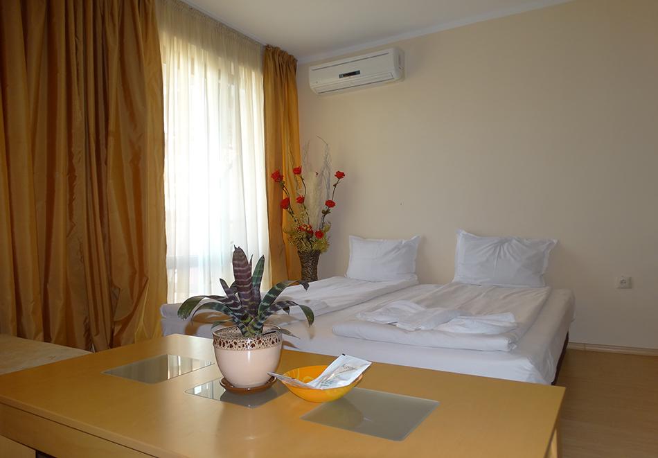 Апартаментен комплекс Шато Дел Марина, между Равда и Несебър, снимка 15
