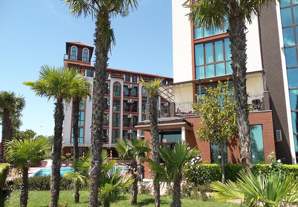 Апартаментен комплекс Шато Дел Марина, между Равда и Несебър, снимка 6