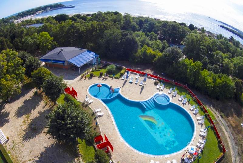 2, 3 или 5 нощувки на човек със закуски и вечери + басейн в хотел КООП Китен, на 100 м. от плажа, снимка 4