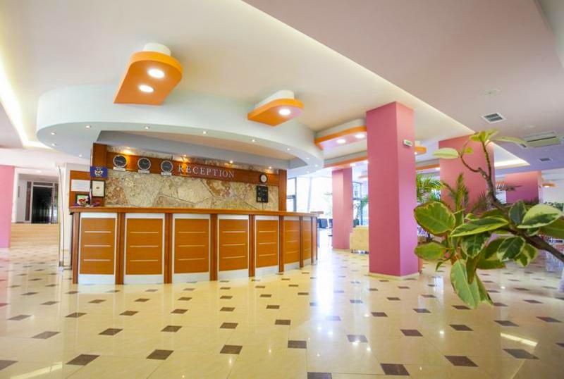 2, 3 или 5 нощувки на човек със закуски и вечери + басейн в хотел КООП Китен, на 100 м. от плажа, снимка 9