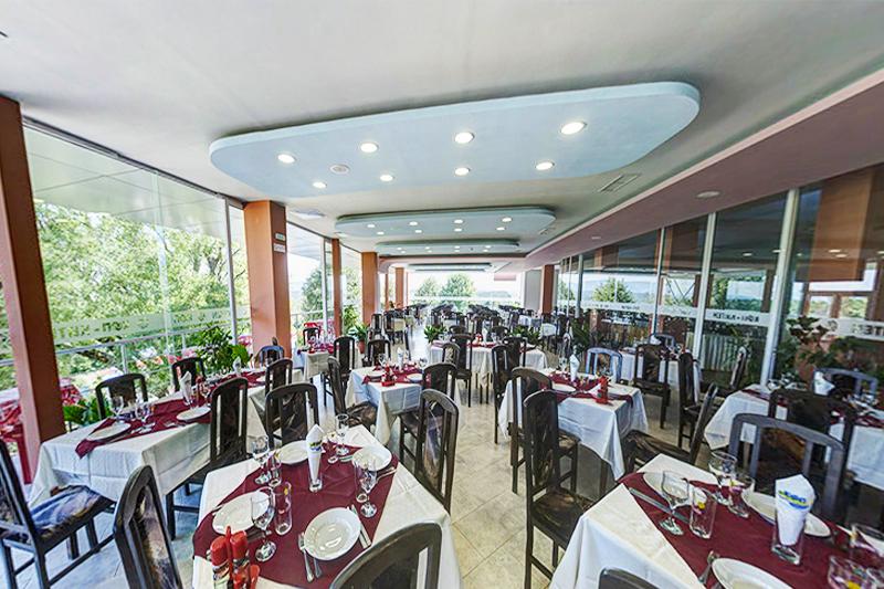 2, 3 или 5 нощувки на човек със закуски и вечери + басейн в хотел КООП Китен, на 100 м. от плажа, снимка 8
