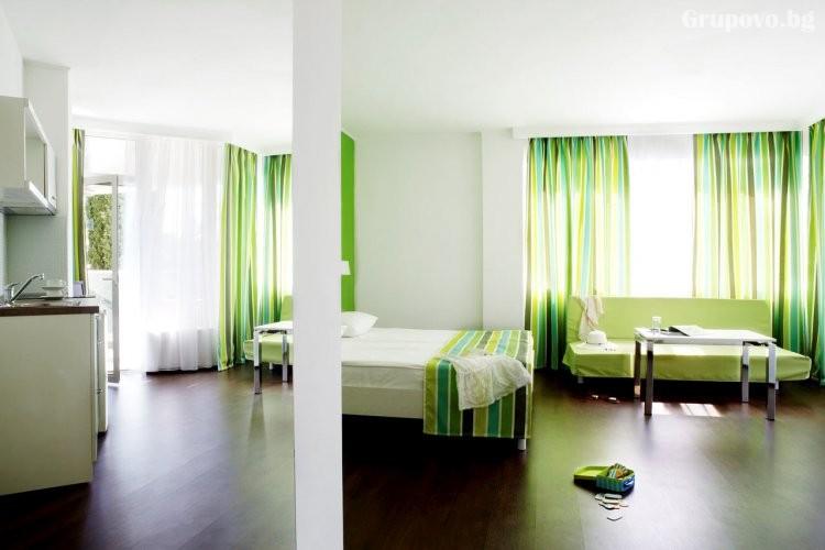 Нощувка на човек на база All Inclusive + басейн от хотел Грийн Парк, Златни пясъци. Дете до 12г. - БЕЗПЛАТНО!, снимка 8