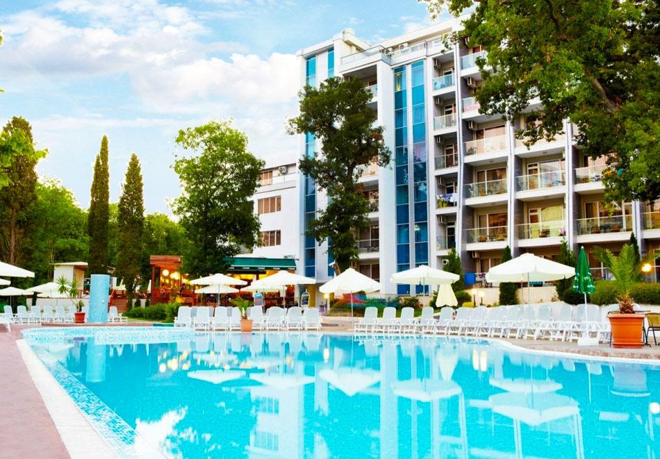Нощувка на човек на база All Inclusive + басейн в хотел Грийн Парк, Златни пясъци. Дете до 12г. - БЕЗПЛАТНО!, снимка 7