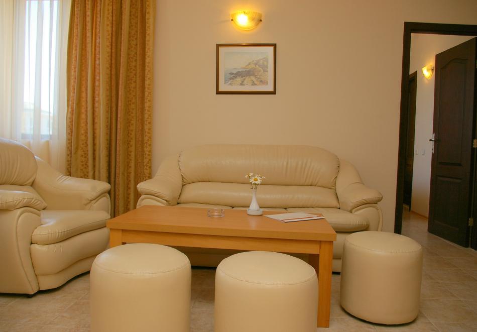 1, 2, 3 или 7 нощувки на човек в апартамент + басейн в апартхотел Роуз Вилидж, Сл. Бряг. На 150м. от плажа, снимка 10