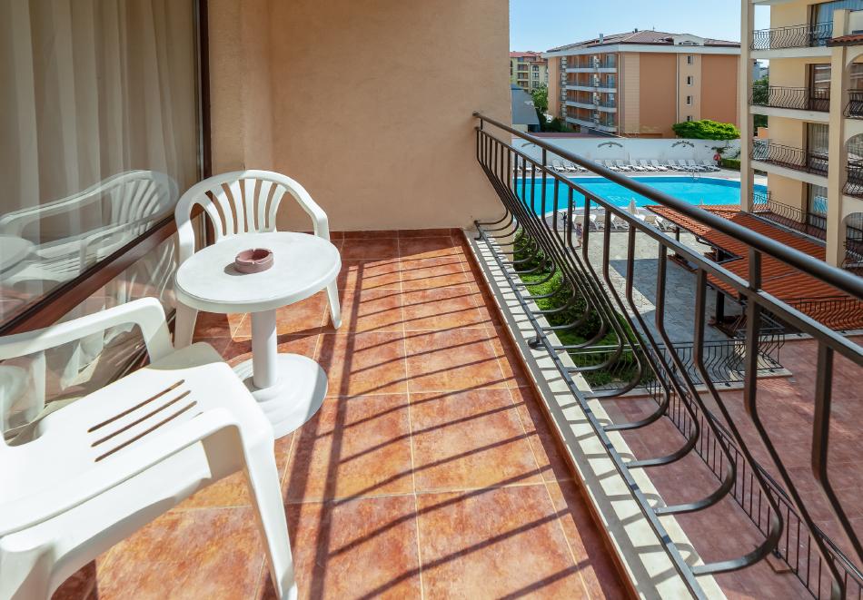 1, 2, 3 или 7 нощувки на човек в апартамент + басейн в апартхотел Роуз Вилидж, Сл. Бряг. На 150м. от плажа, снимка 14