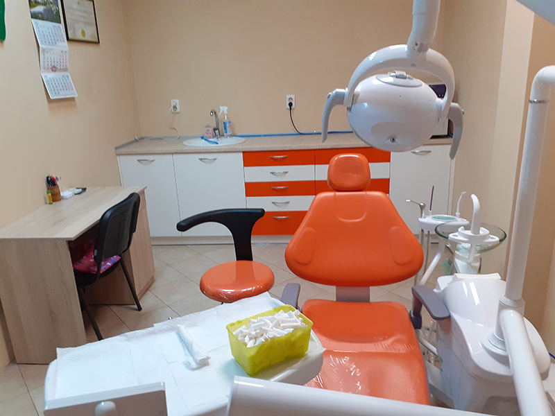 Металокерамична коронка от висококачествен материал + преглед на зъбите и изготвяне на план за лечение от Дентален кабинет д-р Снежина Цекова, снимка 9