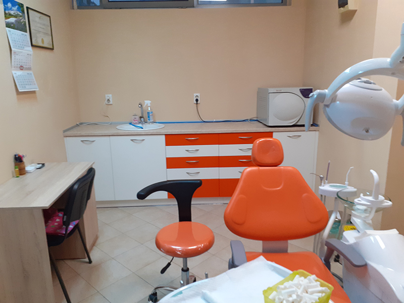 Металокерамична коронка от висококачествен материал + преглед на зъбите и изготвяне на план за лечение от Дентален кабинет д-р Снежина Цекова, снимка 8