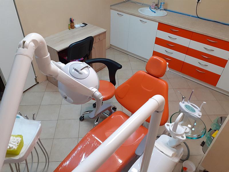 Металокерамична коронка от висококачествен материал + преглед на зъбите и изготвяне на план за лечение от Дентален кабинет д-р Снежина Цекова, снимка 6