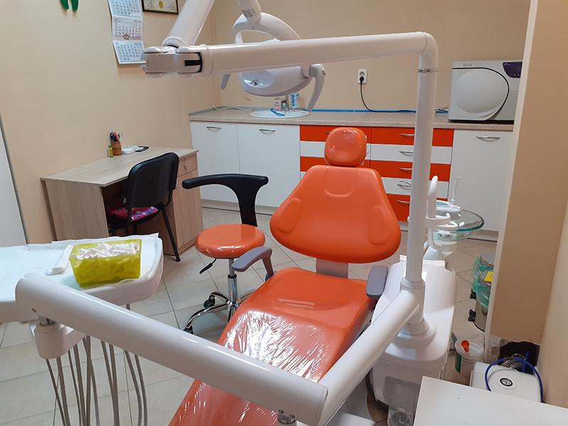 Металокерамична коронка от висококачествен материал + преглед на зъбите и изготвяне на план за лечение от Дентален кабинет д-р Снежина Цекова, снимка 4